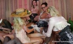 WAM party with lesbos making out