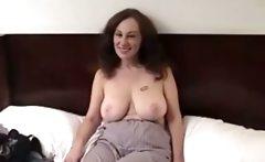 Mature amateur gives blowjob