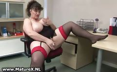 Horny fat mature lady fucks