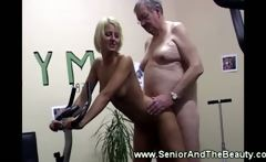Fat old men uses his wrinkly cock to nail a blonde babe