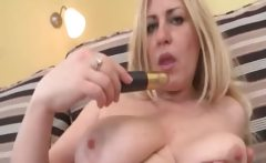 Busty blonde slut gets horny rubbing