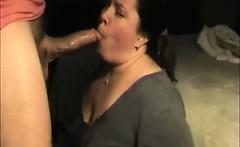 Amateur BBW Swallowing Cum